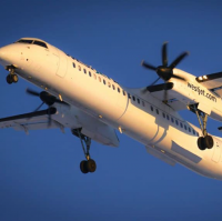 q400 airplane